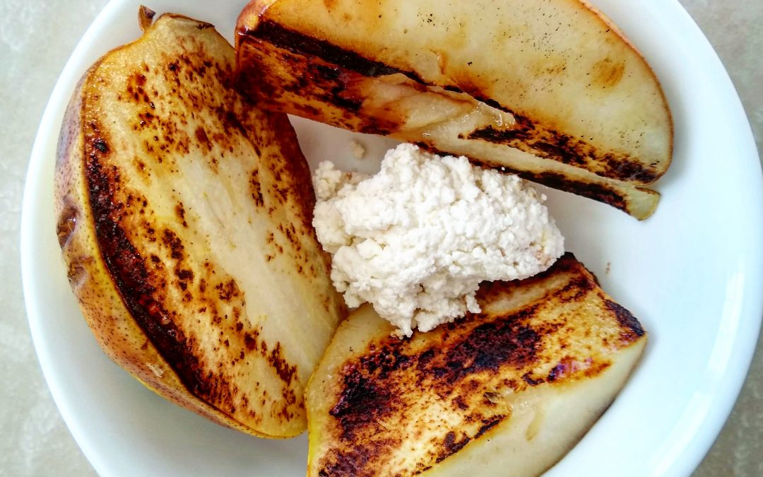 Grilled Pears with Ricotta Cheese